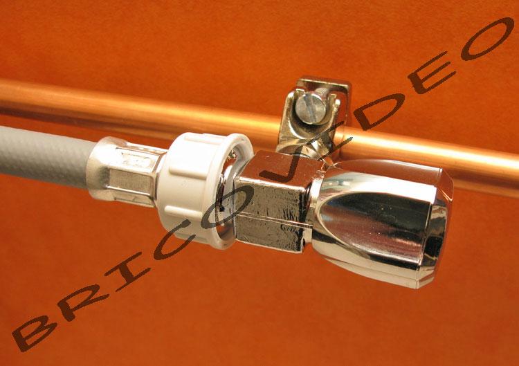 Raccorder le tuyau de machine laver brancher lave vaisselle votre robinet autoper ant - Brancher lave vaisselle sur robinet evier ...