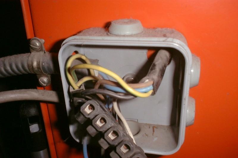 Remplacement ancien programmateur thermostat sans fil for Programmateur chauffage electrique sans fil
