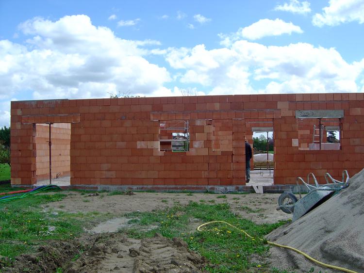Fondations construction maison ma onnerie conseils implantation des chaises - Construction maison forum ...