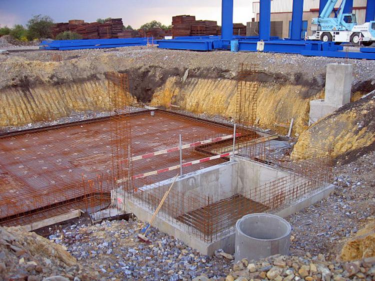 cout construction piscine le tarif d 39 une piscine. Black Bedroom Furniture Sets. Home Design Ideas