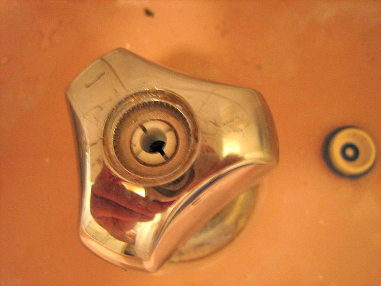 Probl me d montage vieux robinet ann es 60 pour remplacement clapet forum joints plomberie - Changer tete de robinet de jardin ...