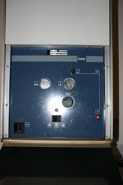 Bricolage plomberie probl me chauffe eau variation temp rature dans la douche chauffe eau gaz - Chaudiere gaz chaffoteaux ...