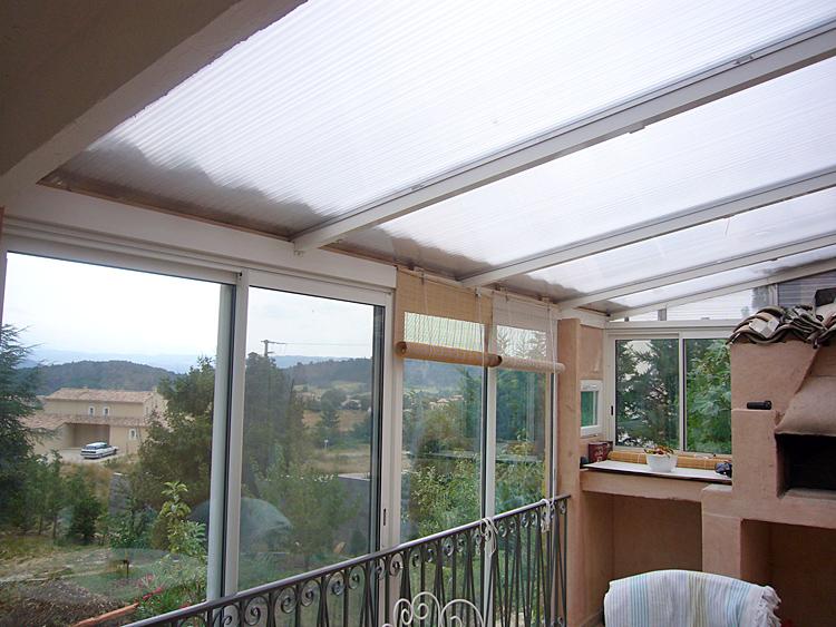 Conseils forum toiture charpente coulement noue dans la goutti re tuiles pen - Toit de veranda en polycarbonate alveole ...