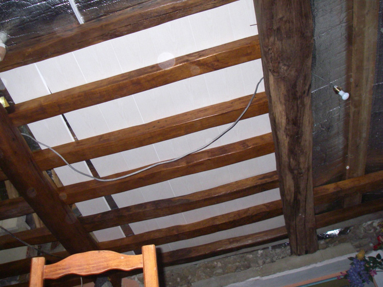 conseils pose isolation plafond poutres apparente poser isolant