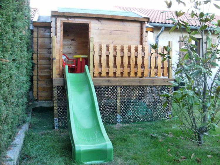 Plan fabrication cabane pour enfants planches de bois - Faire une cabane avec des palettes ...