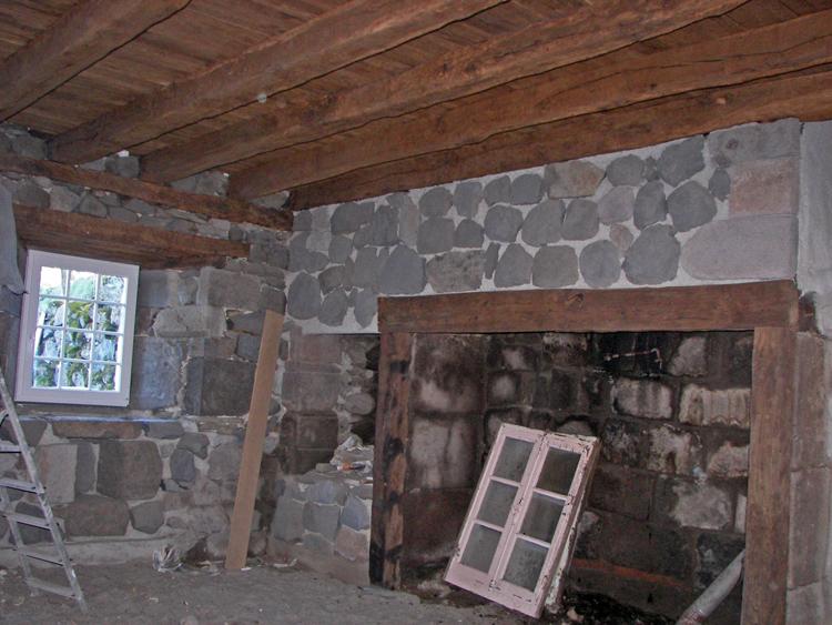 d caper poutres aspect naturel conseils r novation travaux forum menuiseries entretien du bois. Black Bedroom Furniture Sets. Home Design Ideas