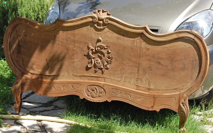 Conseils astuces menuiserie r novation t te de lit en - Repeindre un lit en bois ...