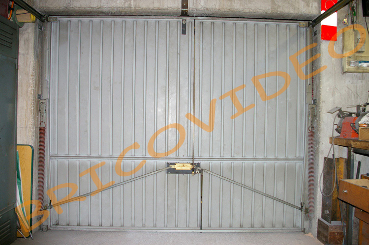 Comment securiser porte garage basculante tableau - Kit isolation porte de garage basculante ...