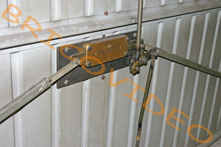 Bas de porte de garage - Joint et isolant bas de porte - Techni-Contact