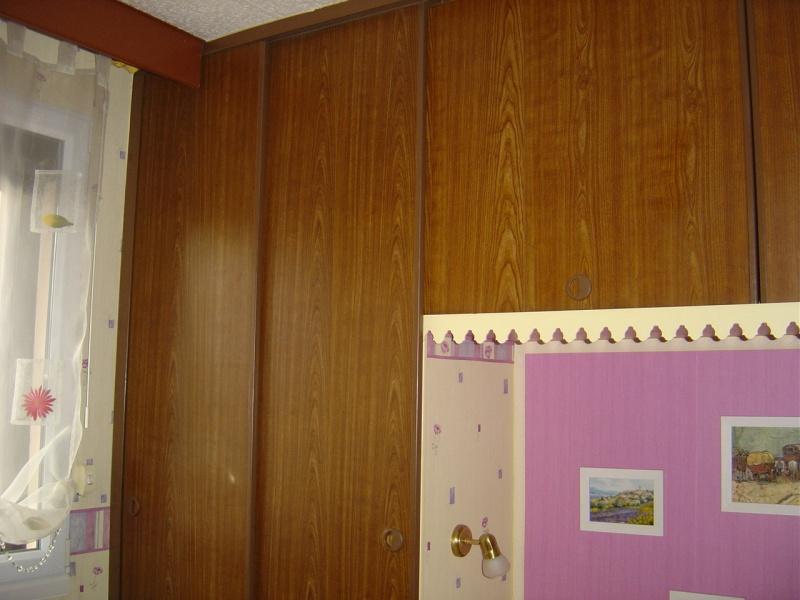 Choisir peintures portes de placards en plastique conseils for Peindre des portes