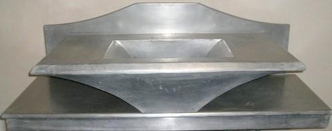 cr ation de mobiliers en zinc salle de bain vier lavabo cuisine plan de travail table. Black Bedroom Furniture Sets. Home Design Ideas